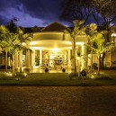 Stay in glamour and glitz at Hemmingways boutique hotel in Nairobi.