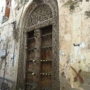 As we wander through the streets of Stone Town we will be in awe of the range and variety of traditional Zanzibar doors.